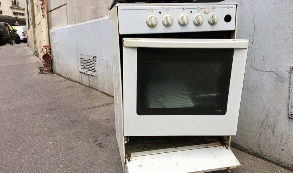 Gas and electric cooker disposal service