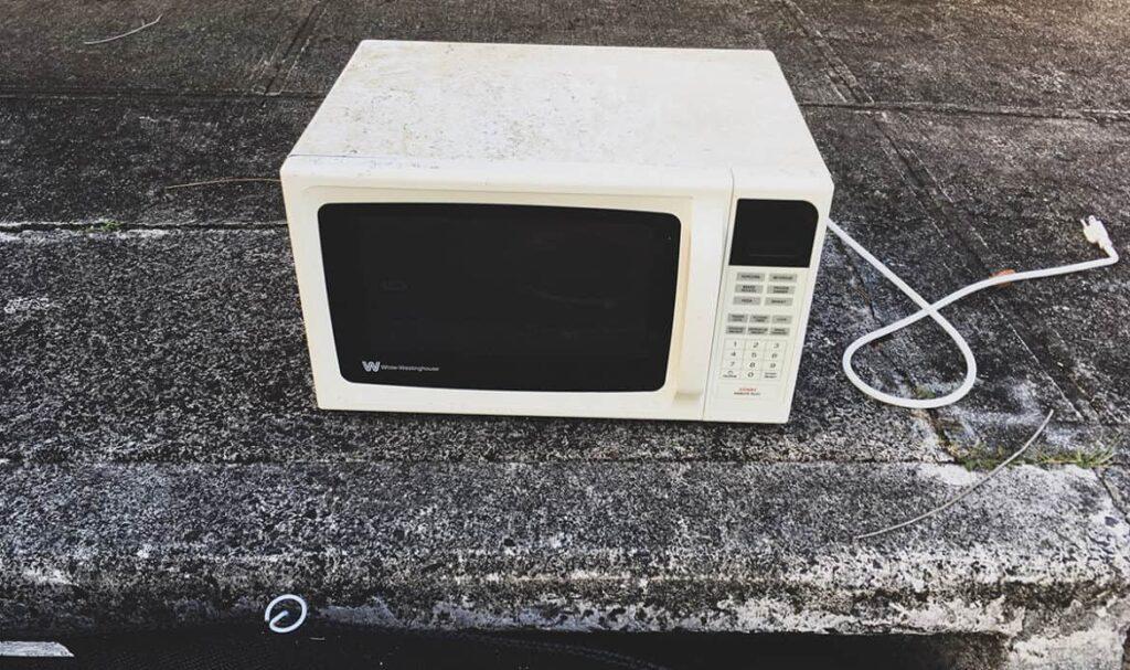 Microwave Disposal Service London