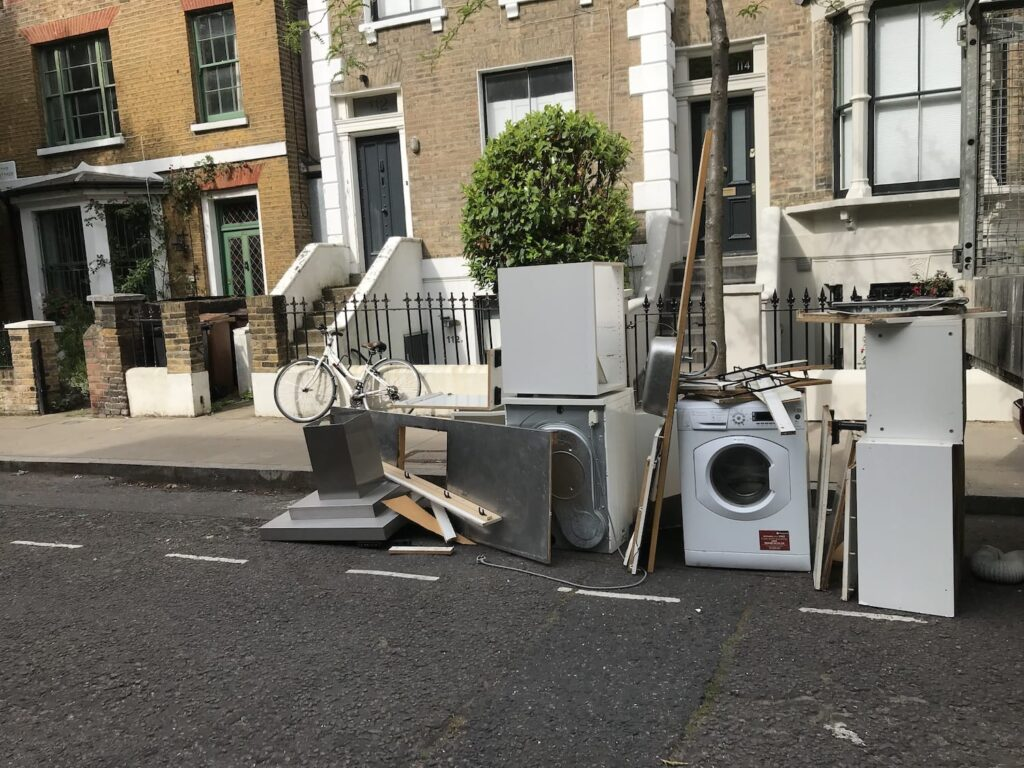 Rubbish Removals Wandsworth, SW8, London